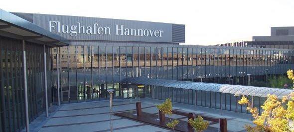 Sztrájkolnak a hamburgi, stuttgarti és hannoveri repülőtéren