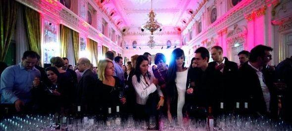 Cukrászverseny, hírességek borai és rengeteg pezsgő a VinCE-n vasárnap