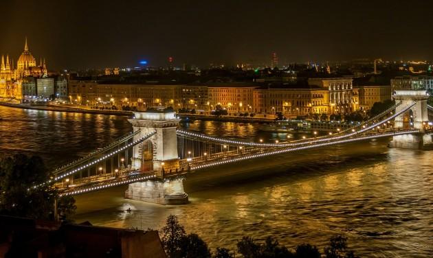 Google Trends: Budapest beelőzött