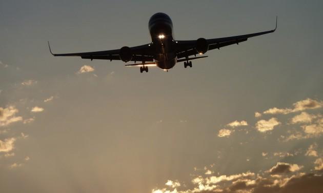 Folytatódik a Boeing mélyrepülése