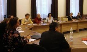 Egy asztalnál az intézmények a TDM-menedzserképzés ügyéért