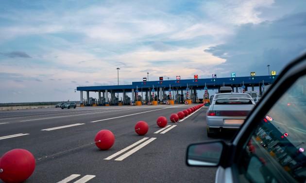 Január végéig meghosszabbították a határellenőrzést