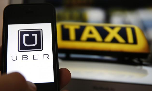 Taxisok tüntettek az Uber ellen Romániában