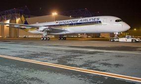 Megérkezett az A350 a Singapore-hoz