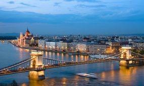 Okosváros-alkalmazást tesztel Budapest