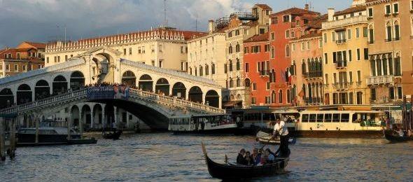 Új rend szerint járnak majd a vízibuszok Velencében