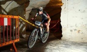 Földalatti bringaverseny kőbányán