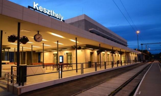 Uniós támogatás a Székesfehérvár-Keszthely vasútnak