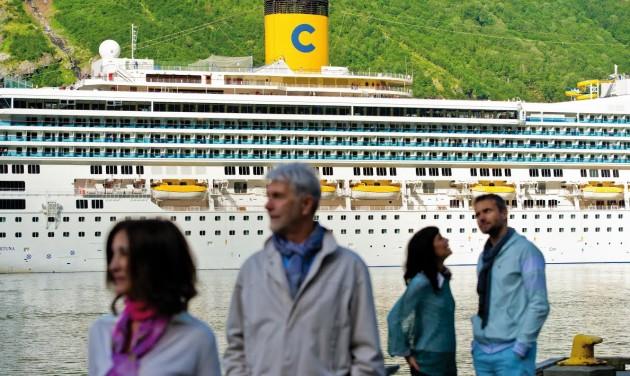 Még több csoportos hajóút a Tensinél