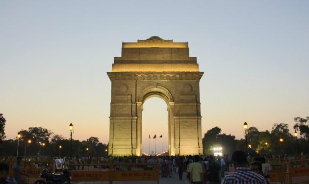 Új-Delhibe indít járatot Varsóból a LOT