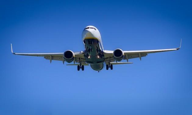 Évértékelés az amerikai hálózatos légitársaságoktól