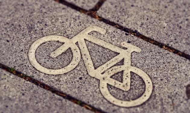 Kerékpárút épül Balatonalmádiban