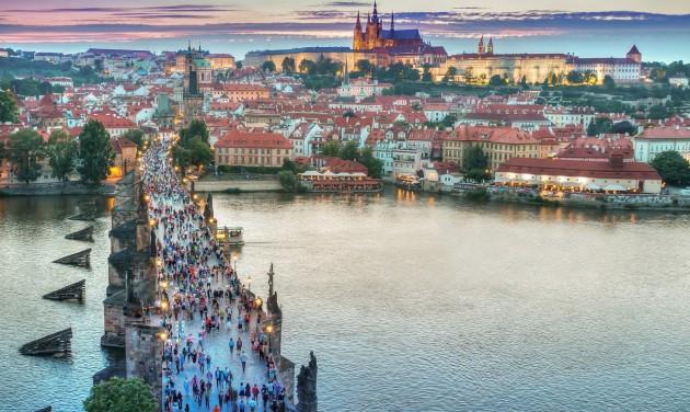Mostantól külföldre is utazhatnak a csehek