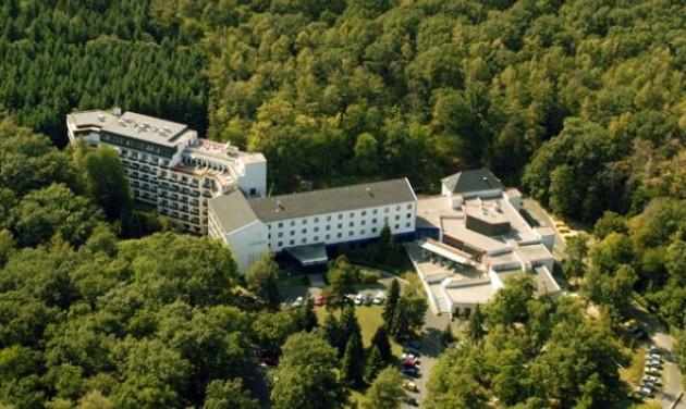 Változások a Hotel Lövér üzemeltetésében