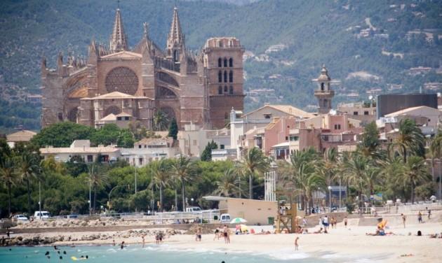 Palma betiltja a társasházi magánlakások turisztikai bérbeadását