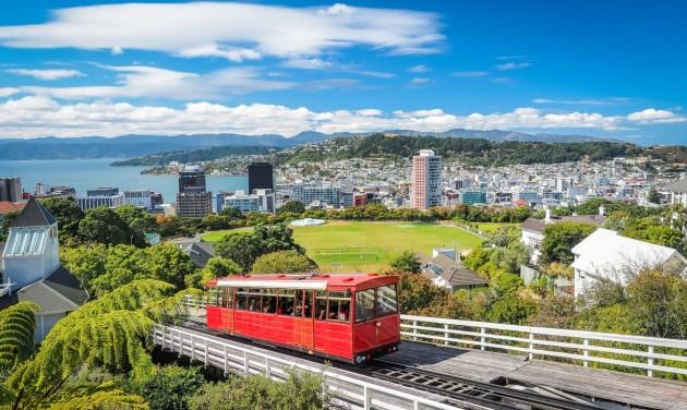 Felfüggesztették az új-zélandi working holiday vízumot