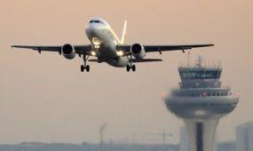 Nőtt a légi áru- és utasforgalom is áprilisban