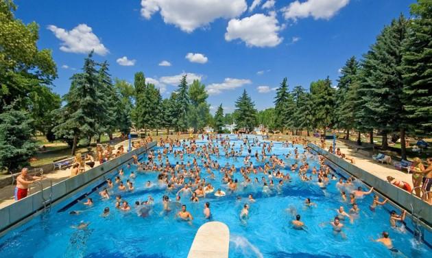 Jót tesz a hazai fürdőknek a hőség