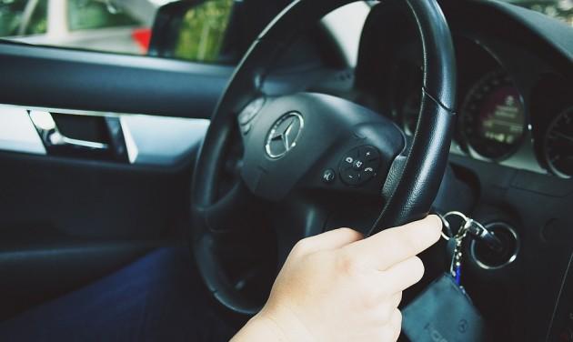 Átláthatóbb árak az autókölcsönzőknél