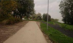 Új kerékpárút épül Vonyarcvashegyen