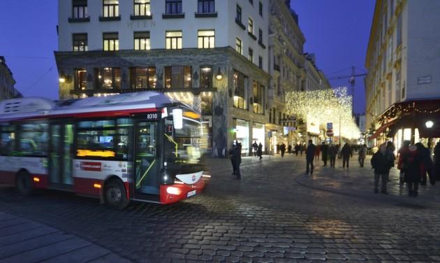 Elektromos nagybuszok állnak forgalomba Bécsben