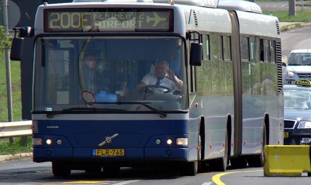 Változik a 200E reptéri busz menetrendje
