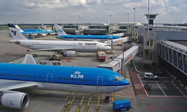 Lassan áll helyre a rend az amszterdami repülőtéren