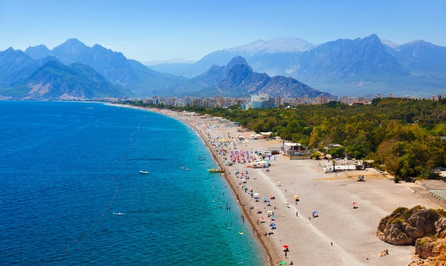 Antalyára és Heraklionba indít charterjáratot nyáron a TUI