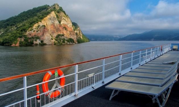 Kikötőfejlesztések a Dunakanyarban csaknem egymilliárdból