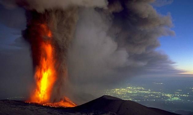 Egyelőre nem áll meg az élet az Etna lábánál
