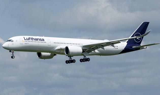 Éjfélig meghosszabbították a Lufthansa-sztrájkot