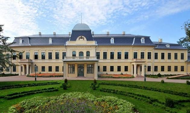Felújítják a gyulai Almásy-kastély mellékszárnyát is