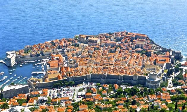 A nem elektromos taxik kitiltását fontolgatja Dubrovnik