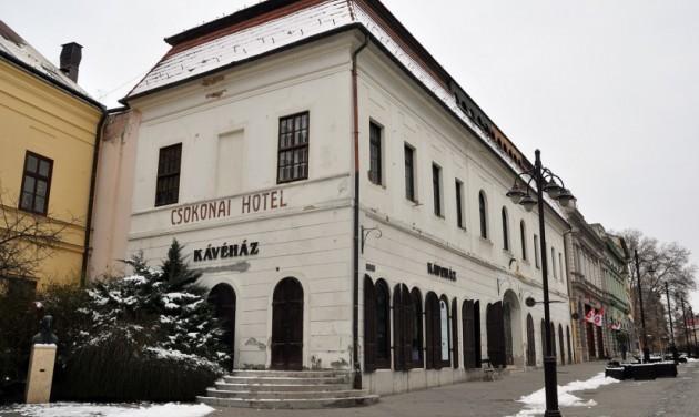 Látogatóközpont lesz a kaposvári Csokonai fogadóból
