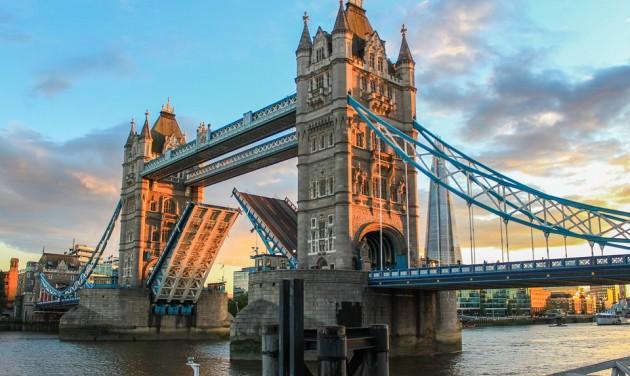 125 éves a Tower Bridge