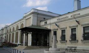Indul a Közlekedési Múzeum bontása