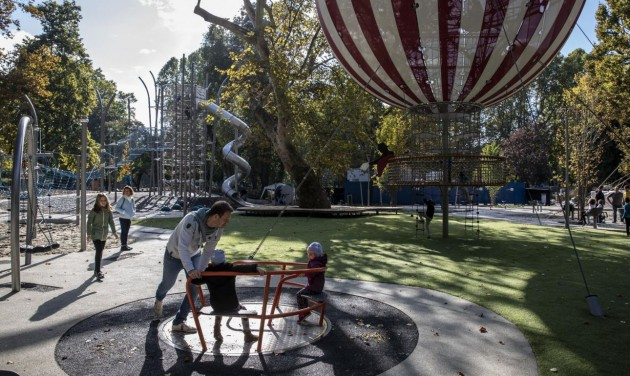 Az őszi szünetben nyit Magyarország legkomplexebb játszótere – videó