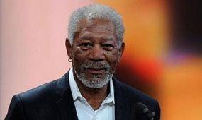 A turisztikai miniszter fogadta Morgan Freemant Egyiptomban