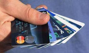 Egyre többen használnak bankkártyát külföldön