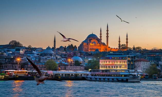 Törökországban július 1-től minden korlátozást feloldanak