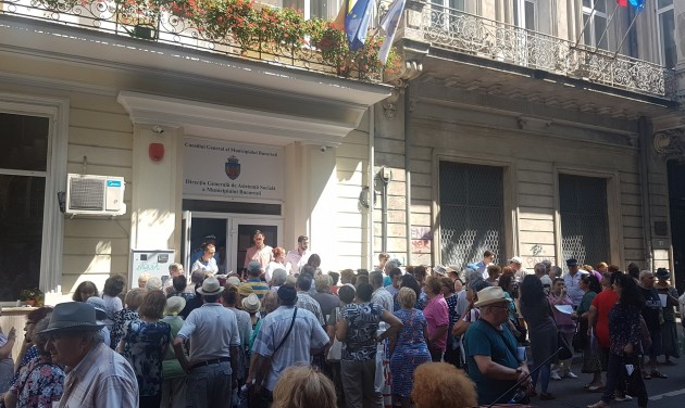 Ezer román nyugdíjas ingyen nyaralása Görögországban