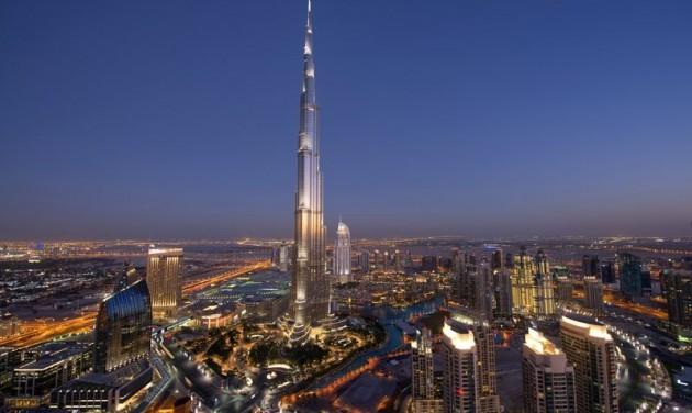 Dubaj fertőtlenít és várja a vendégeket