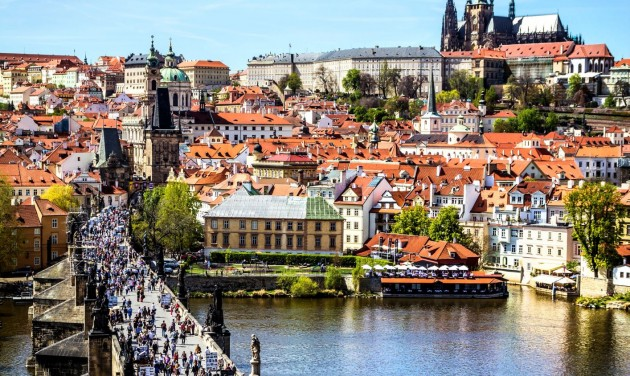 A fenntarthatóság jegyében indítják újra Prága turizmusát