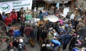 Szimpla Piacon főzött az Élelmiszerbank Egyesület