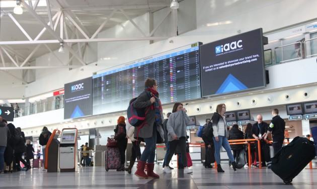 Óriáskijelzők a Budapest Airporton