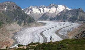 Kilátás a Nagy Aletsch-gleccserre