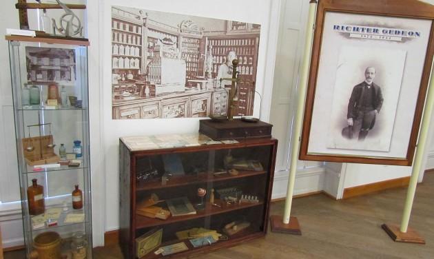 A Kalmopyrin atyjáról nyílt kiállítás a Mátra Múzeumban