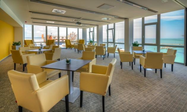 Évzáró céges rendezvények a siófoki Hotel Yacht****-ban
