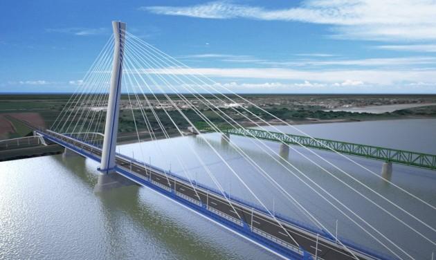 Látogatóközpont az új komáromi Duna-hídnál