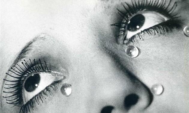 Man Ray fotográfiái a debreceni Modemben
